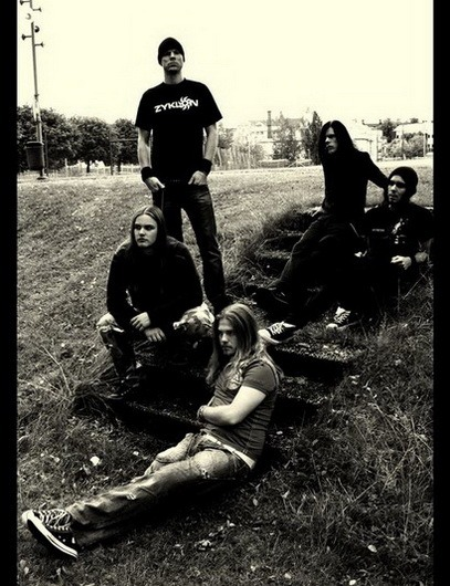 IN MOURNING (SE) – Monolith, 2010