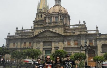 Reportaje fotográfico de la gira mexicana de NECROBERUS