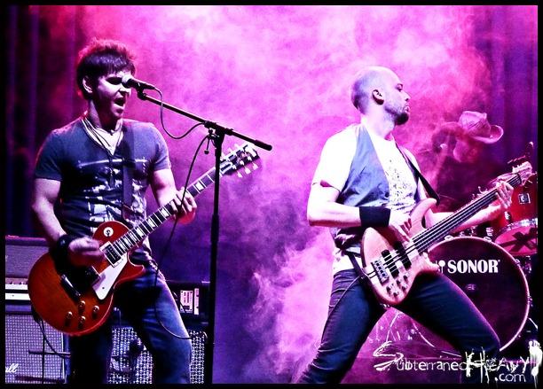 LA FUGA, SARATOGA y ROCK FUCKTORY en concierto