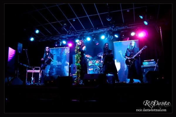 LIGHT AMON SHADOWS, en concierto el día 28 en Málaga.
