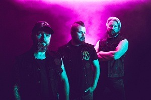 Premier: DÖ (FIN) presenta «Cosmic communion» en formato lyric video