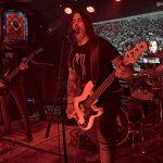 Guitarra y cantante de Gods Funeral